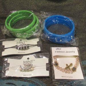 Lot of 5 Assorted Bangle Fashion Bracelets
